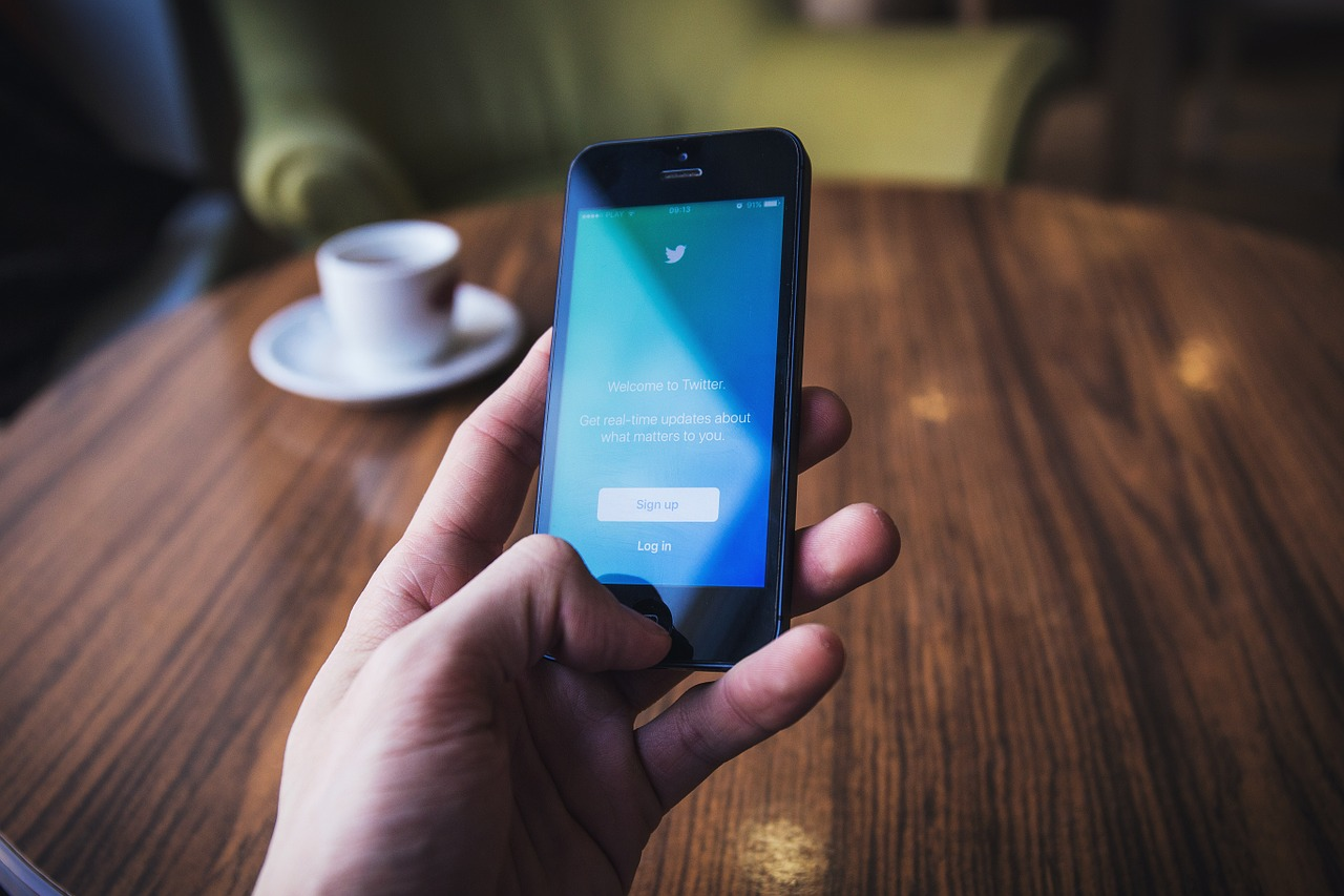 ¿Twitter para negocios B2B? 9 buenas prácticas que debes conocer para sacarle partido